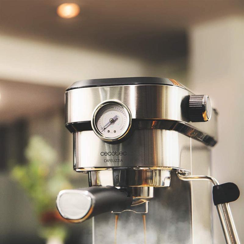 Imagen de Cecotec Cafetera Express Cafelizzia 790 Pro número 2