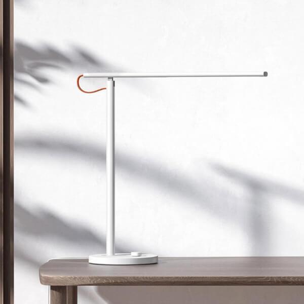 Imagen de Xiaomi Mi LED Desk Lamp número 1