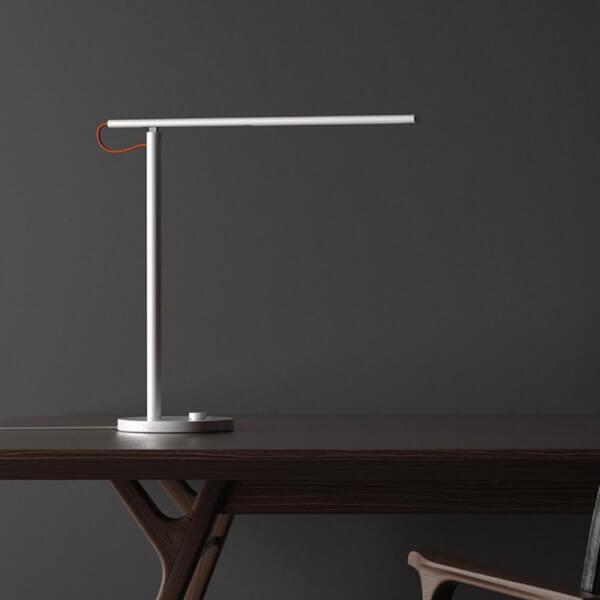 Imagen de Xiaomi Mi LED Desk Lamp número 2